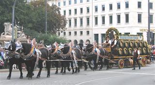 Oktoberfest Augustinerbräu horse wagon parade