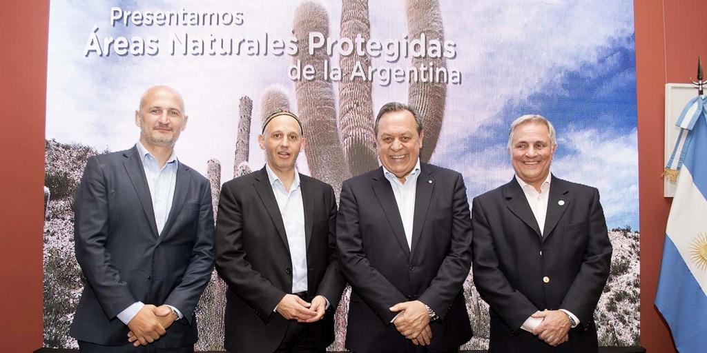 El gobierno argentino presentó programa para desarrollar turismo en áreas naturales