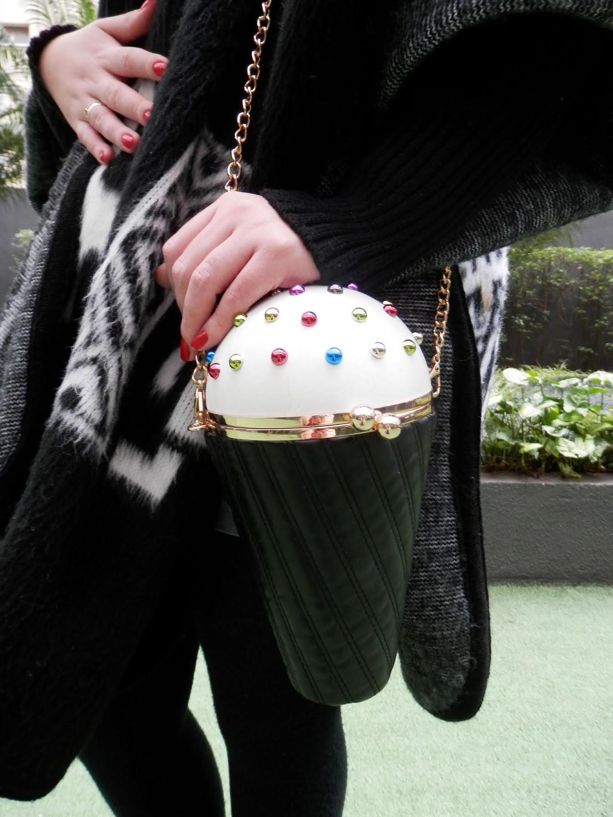 bolsa em forma de cone