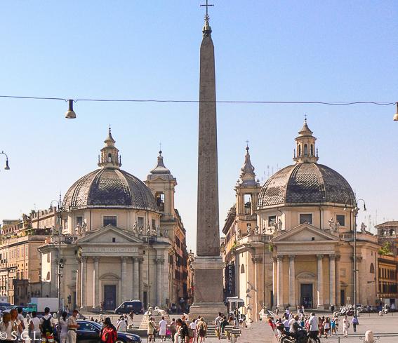 Piazza del Popolo en Roma. Obelisco del Circo de Roma