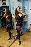 Kiara Advani Black Tank Top Tight leggings Tu Cheez Badi Hai Mast Mast~  Exclusive 36.JPG