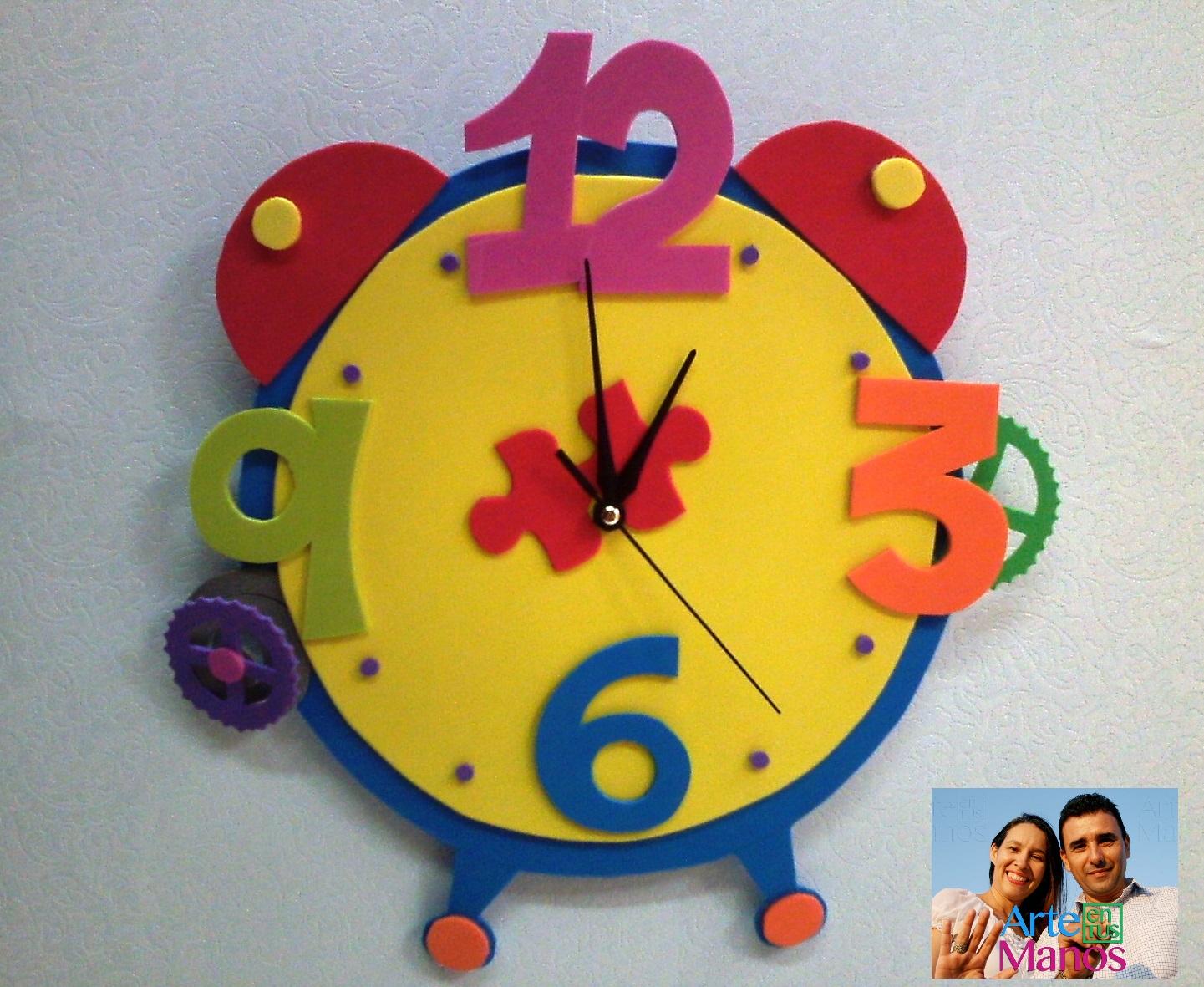 Arte en tus manos con lili y sam reloj en foami goma eva con mecanismo paso a paso - Manualidades relojes infantiles ...