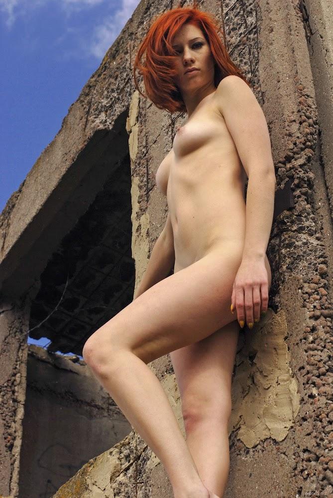 EroticBeauty Elis B Presenting Elis B g0xbugayyqxp