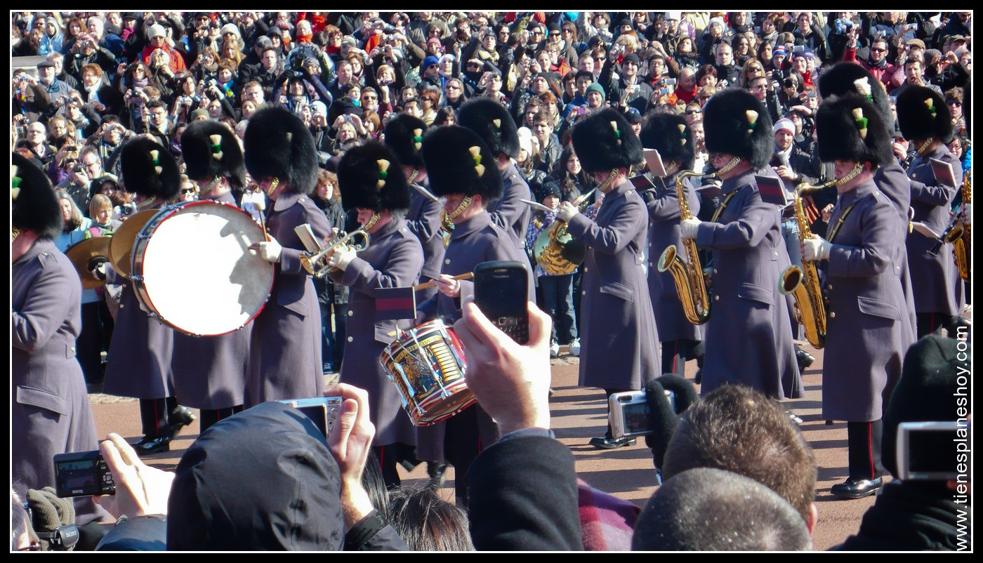 Cambio de Guardia Palacio de Buckingham Londres (Buckingham Palace London)