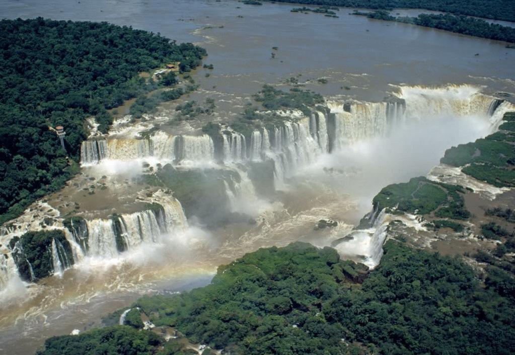 Blue Nile Falls Wallpaper Touristsparadise Iguazu Falls Argentina