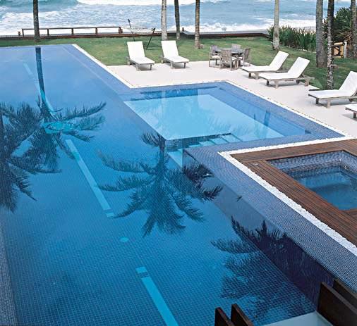 Arquited piscinas de raia for Piscina para casa medidas