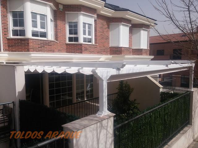 Empresa Toldos en Madrid toldos instaladores Araque Instalación Pérgola Aluminio 120 x 120 Trabajos realizados