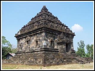 Candi Ijo. Kalimantan Selatan.