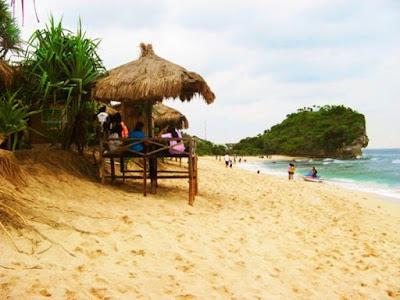Pantai Indrayanti: Dari Gunungkidul yang Tersohor ke 12 Negara