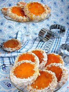 kruche ciasteczka, galaretka owocowa, ciastka z oczkiem, kocie oczka, moje wypieki, smaczna pyza, najsmaczniejsze, swieta, swiateczne