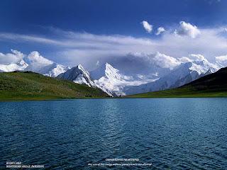 Kashmiri Song || Zaras zaras chu bar zubaan Hamud ae khaliqe jahan