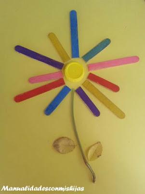 Manualidades infantiles: Collage de flores