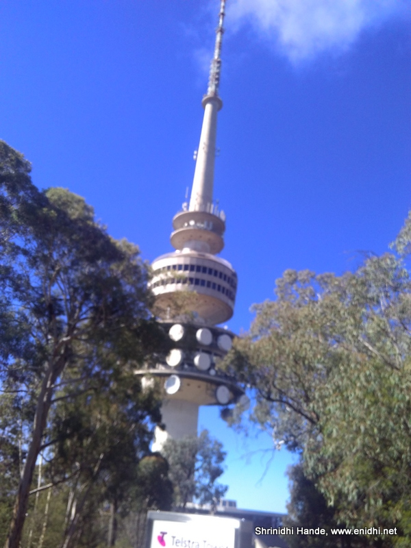 telstra tower canberra australia view and experience. Black Bedroom Furniture Sets. Home Design Ideas