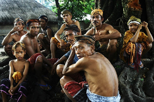 Seperti-Apa-Zaman-Kuno-di-Gumi-Sasak-Lombok