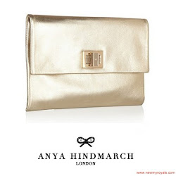 Princess Victoria Style ANYA HINDMARCH Clutch and OSCAR DE LA RENTA Earrings