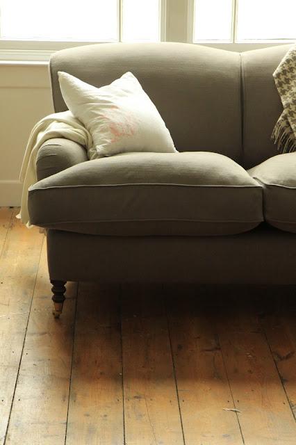 Belgian Style sofa Clarke & Clarke Nantucket in Cinder