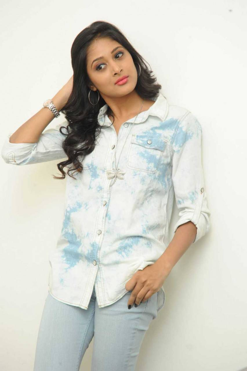 Indian Hot Girl Sushma Raj Long Hair Stills In Blue Jeans At Movie Platinum Disc Function