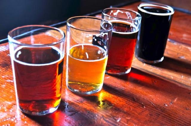 Noite nas cervejarias em Sonoma