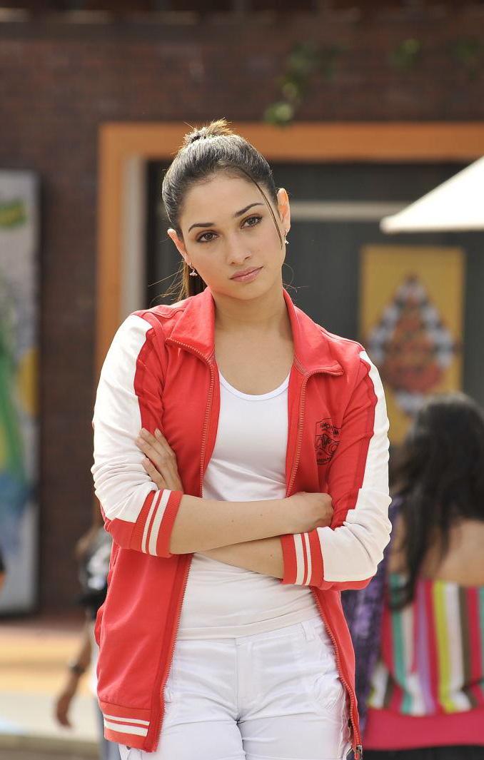 Actress Tamanna Latest Stills