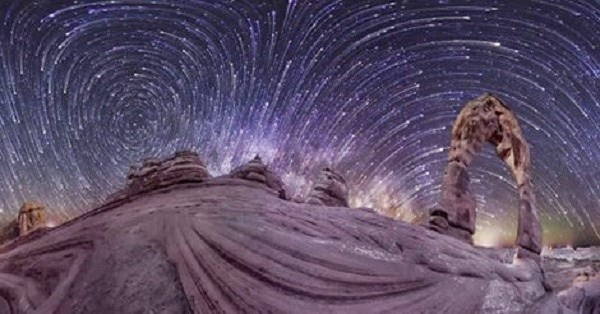 Toroidal Sky – The First Ever 360-Degree Time-lapse Bends Space And Mind