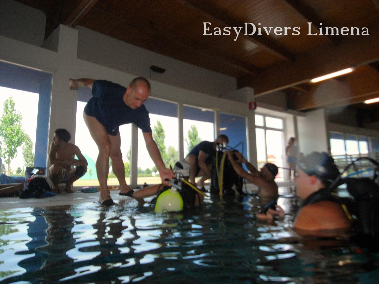 Piscina Piazzola Sul Brenta a.s.d. easydivers padova: 26/07/2015 - prove in piscina a