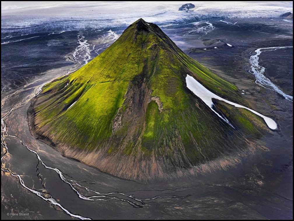 Maelifell Volcano Travel The Stunning Volcano Covered With Moss In Iceland