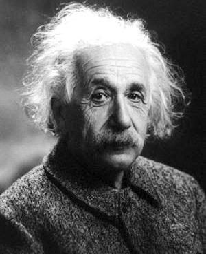 Foto de Albert Einstein mirando fijamente