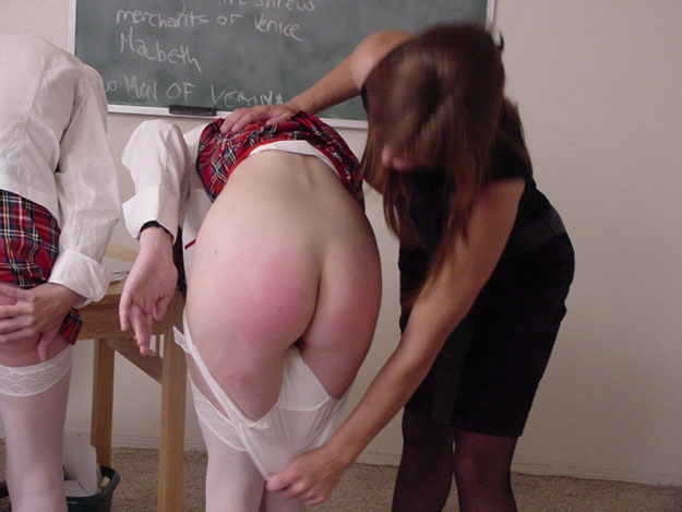 Amateur hairy girls masterbating