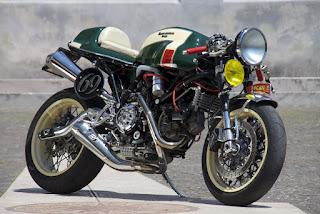 img 5797 - A moto dos dentes de ouro...