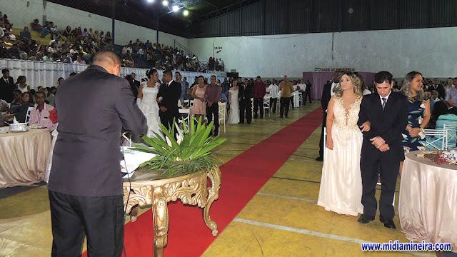 3d113ed351964 Oitenta casais se unem em matrimônio no 2º Casamento Comunitário e 1º  Igualitário de Cataguases