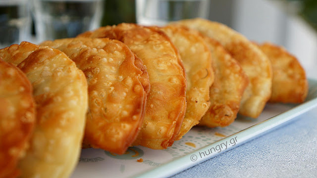 Onion Patties-Kremmydokalitsouna of Chania