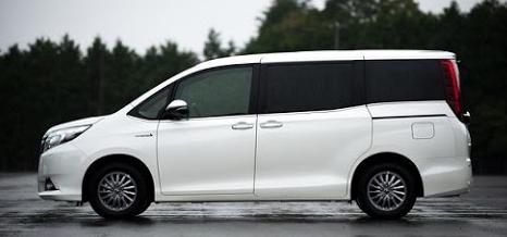 2017 Toyota Noah Review Canada