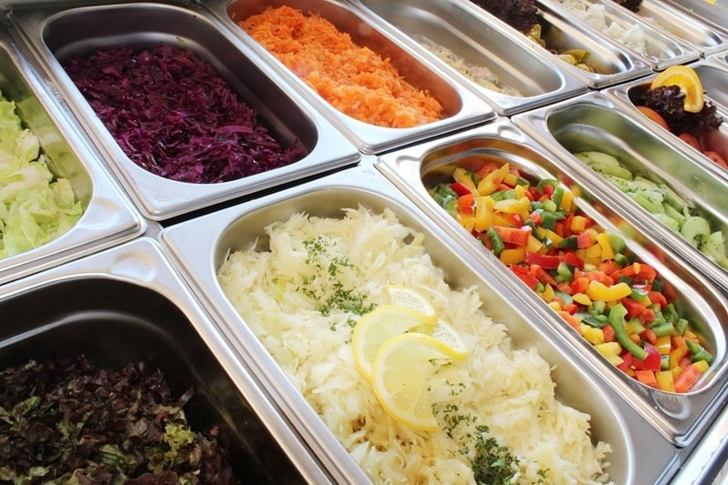 ขายสลัดผักหรือ สลัดโรล ขายของกินอะไรดี