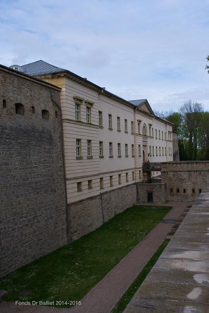 """Zitadelle Cyriaksburg — Caserne défensive """"Defensionskaserne"""" [1825-1826]"""
