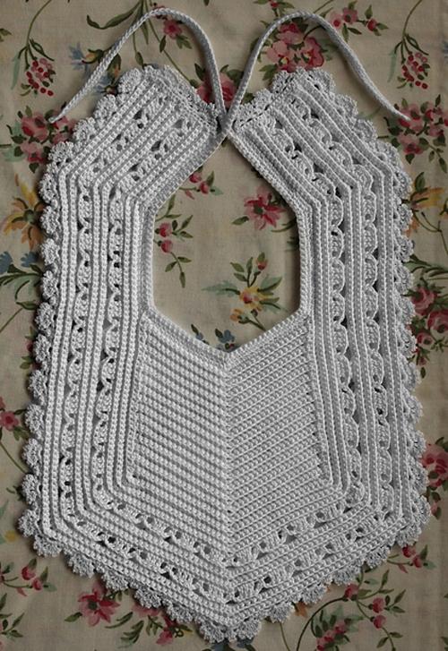 Heirloom Crochet Bib - Free Pattern