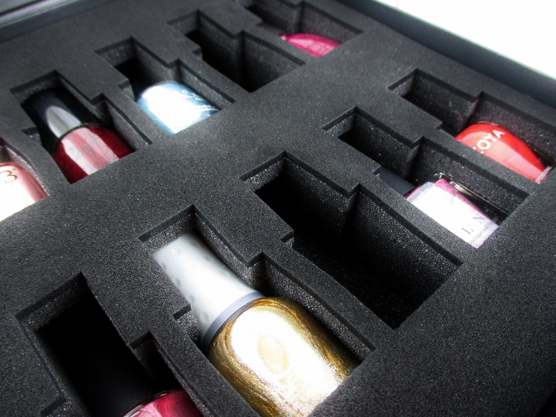color-clutch-nail-polish-case-3