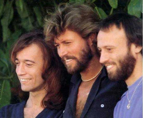 Un Clásico: Bee Gees - How Deep Is Your Love