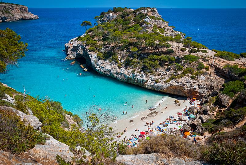amazingexplore Cala d'Or bay, Majorca island, Spain- best honeymoon destinations
