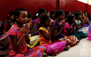 Actor Vijay's 42nd Birthday – Fans Celebration – Orphanage Management Thanks Vijay Fans