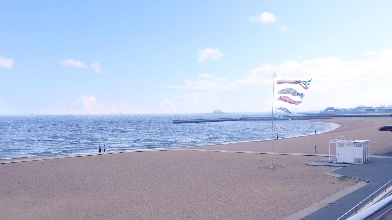 momochi seaside park fukuoka travel