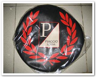 Aksesoris Vespa - Cover/ Selimut Ban Serep Model Fred Perry Piaggio Genova Hotam Merah