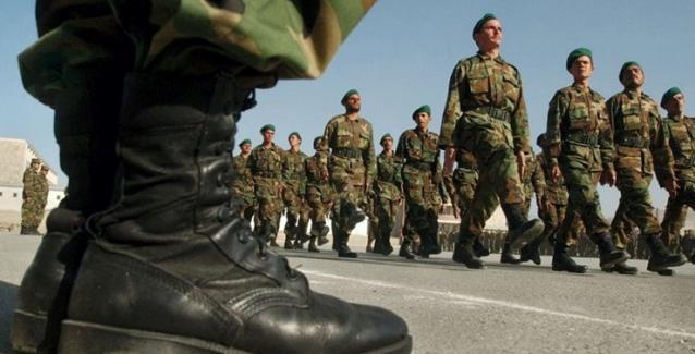 Τις 30.000 έφτασαν οι ανυπότακτοι  βουτυρομπεμπέδες νεοέλληνες  - Μόνο το 25% παρουσιάζεται