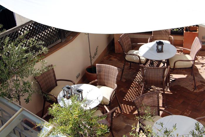 Hotel Corral del Rey in Sevilla - Dachterrasse