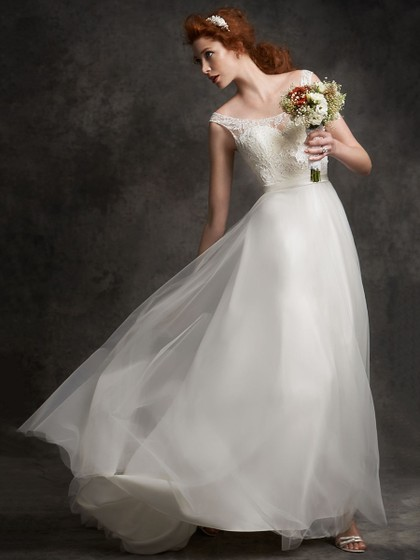 http://www.dressfashion.co.uk/product/scoop-neck-white-lace-tulle-beading-open-back-sweep-train-wedding-dresses-ukm00022456-14529.html?utm_source=minipost&utm_  medium=1085&utm_campaign=blog