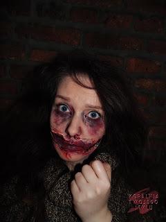 Krwawy uśmiech...