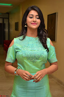 Pooja Jhaveri in Beautiful Green Dress at Kalamandir Foundation 7th anniversary Celebrations ~  Actress Galleries 083.JPG