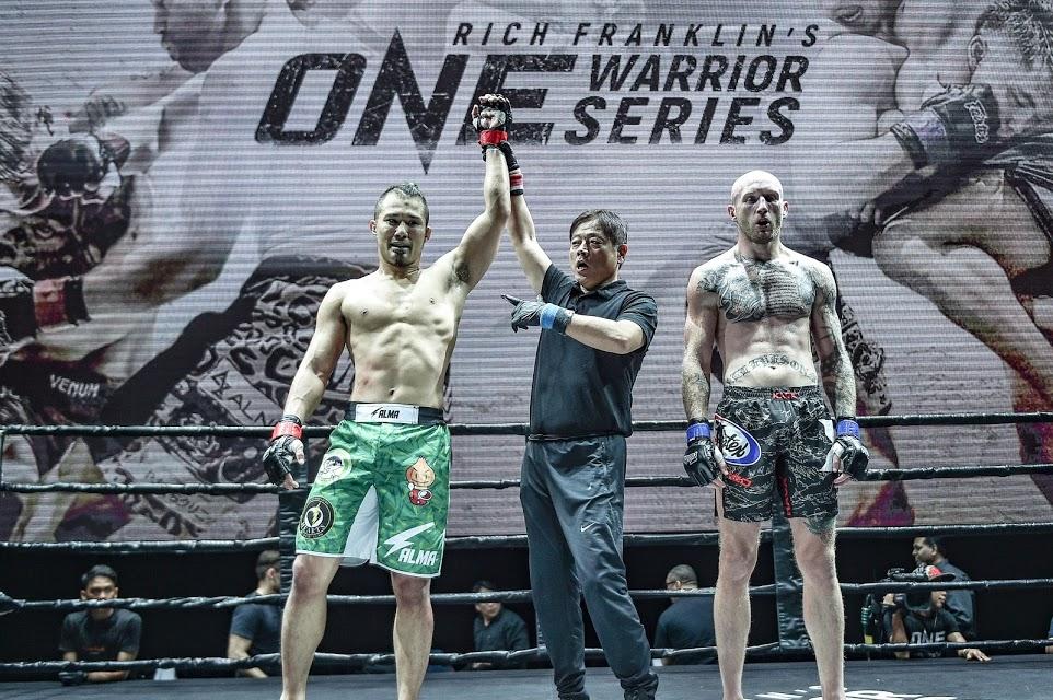 Kimihiro Eto beats JD Hardwick