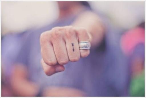 Micro Seta Dedo Tatuagem