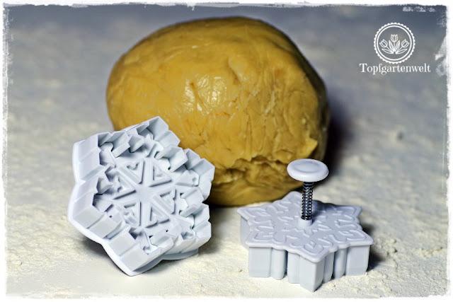 Gartenblog Topfgartenwelt Backen:  Rezept Mürbeteigkekse für Weihnachten oder als Teegebäck - einfache Mürbteigkekse