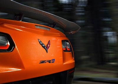 Hendrick Adds Corvette to Collection, Benefiting Military Veterans